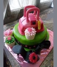Торти для жінок.  Цікавий, ексклюзивний подарунок торт - стильна...